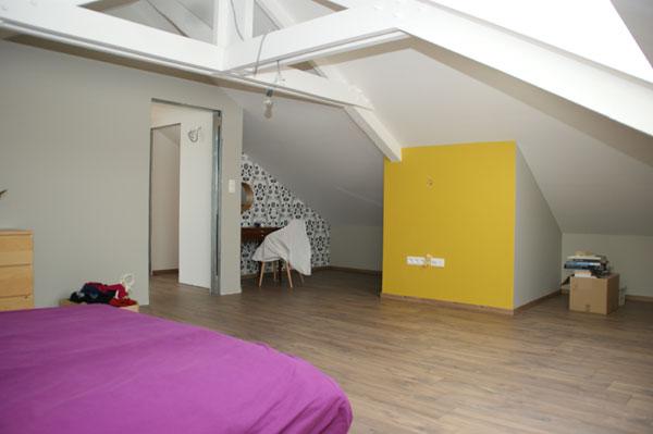 Slaapkamer In Twee Delen : Fotos van een zolderrenovatie op maat Jema ...